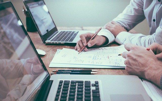 Red Flags When Choosing a Financial Advisor