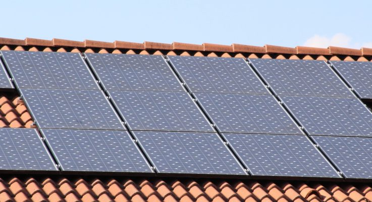 Is It Ever Worth Buying Solar Panels For Your Home?